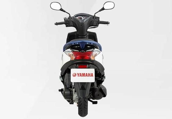Yamaha AXIS Z 125 2019 ท้ายรถ