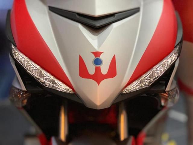 MX King เวอร์ชั่น Ultraman ไฟหน้า