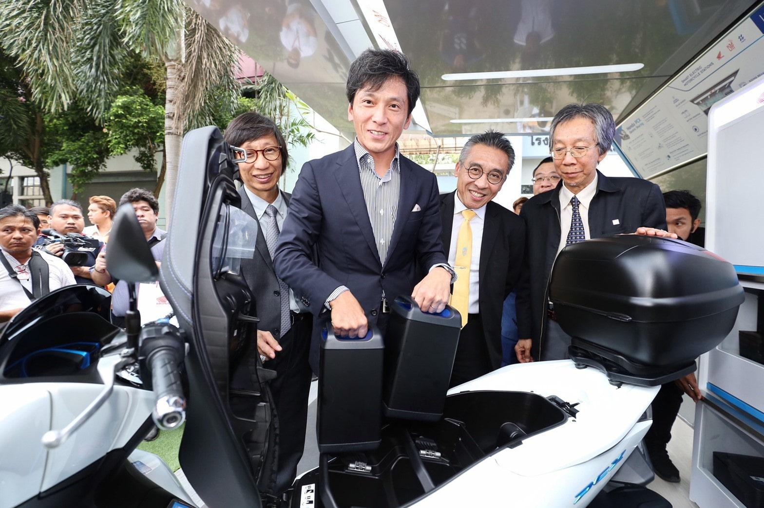 มร.ชิเกโตะ คิมูระ ประธานกรรมการบริหาร บริษัท เอ.พี. ฮอนด้า จำกัด