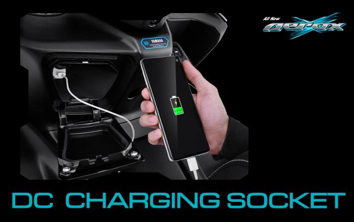All New Yamaha Aerox 155 2021 ช่องชาร์จ USB