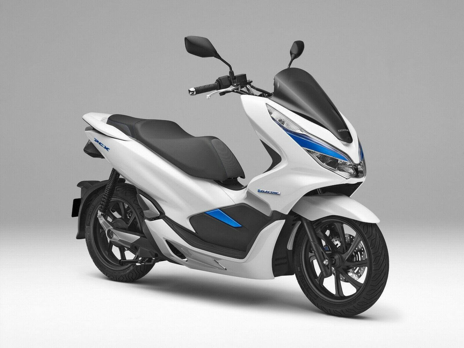 เปลี่ยนชื่อ Honda PCX Hybdrid