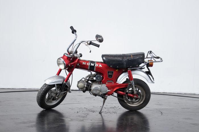 Honda Dax ST50 1969