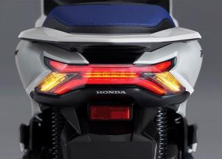 Honda PCX160 EHEV 2021 ไฟท้าย