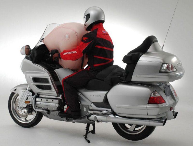 ถุงลมนิรภัยในรุ่น Honda GoldWing