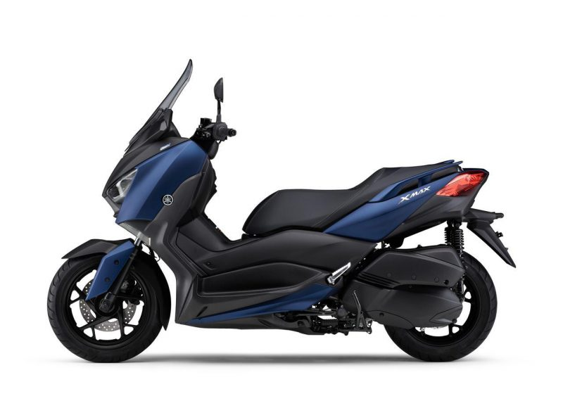 New XMAX ABS 2021 สีน้ำเงิน