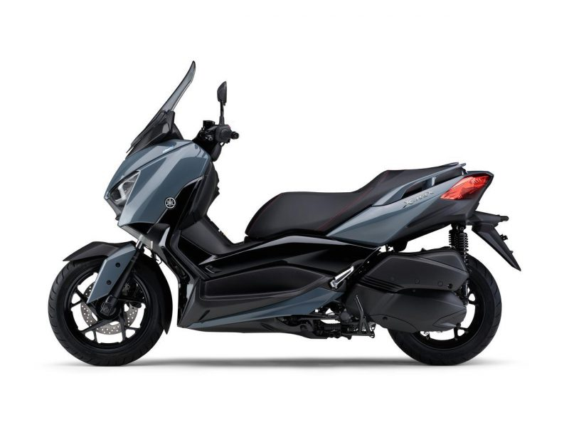 New XMAX ABS 2021 สีเทา