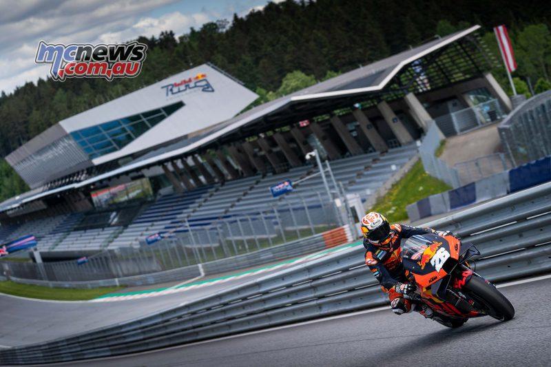 ตัวแข่ง KTM RC16