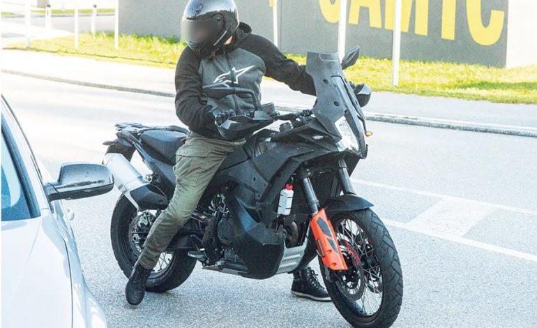 ภาพการทดสอบเผยปรับโฉม KTM 890 Adventure ในการผลิตใหม่