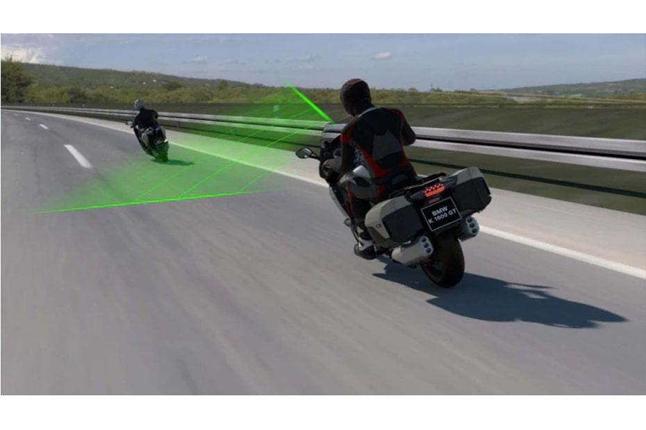 เผย BMW เตรียมนำเทคโนโลยีรถยนต์สู่จักรยานยนต์เร็วๆนี้