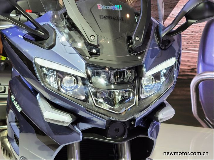 เบเนลลี 1200GT 2020 ไฟหน้า