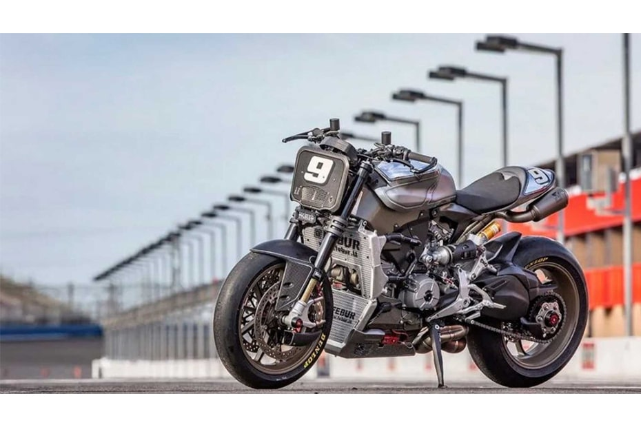 Roland Sands ใช้ Ducati Superleggera แปลงโฉมเป็นสไตล์สตรีทไฟท์เตอร์