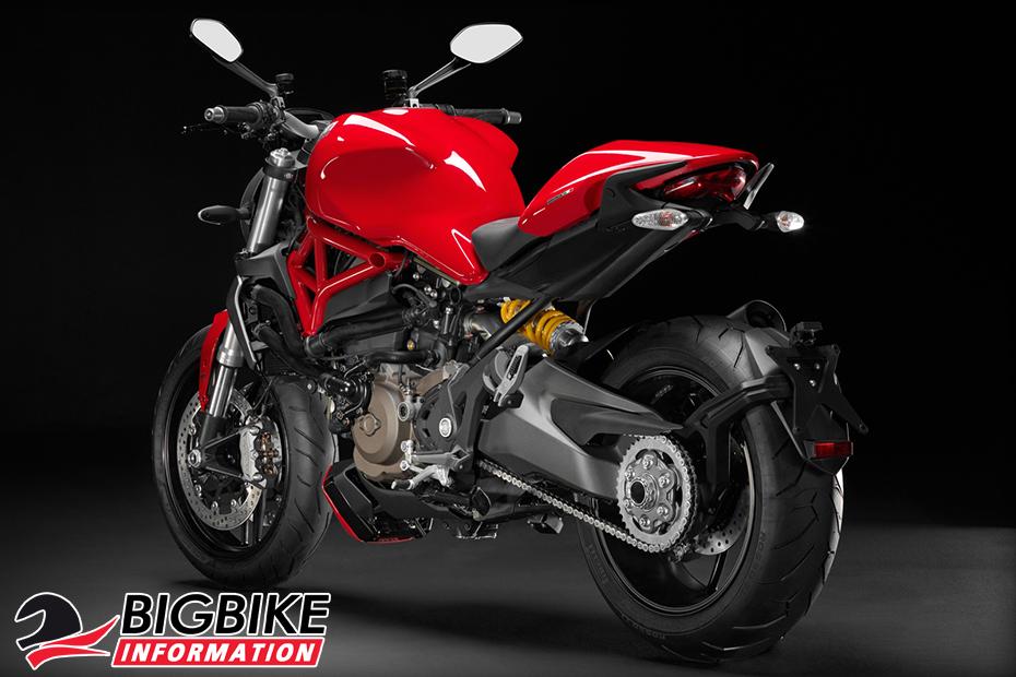 ภาพ Ducati Monster 1200 สีแดง ด้านหลัง