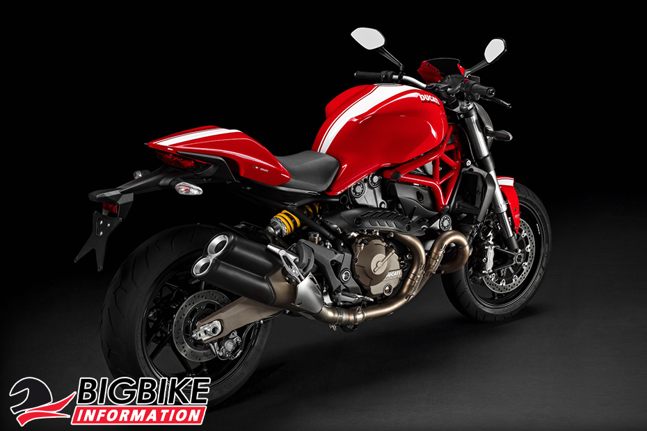 ภาพ DucatiMonster 821Stripe สีแดง ด้านหลัง
