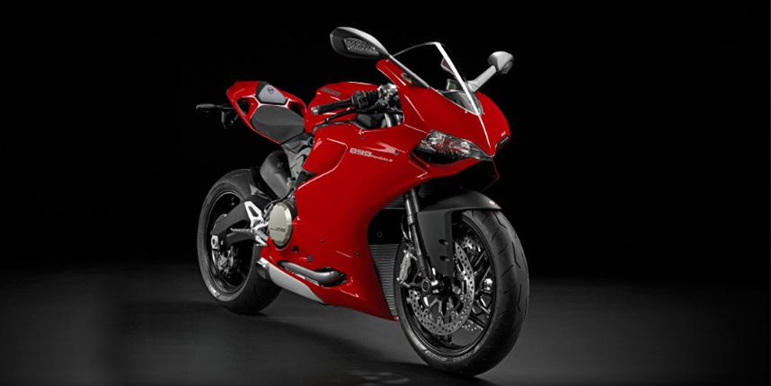 Ducati 899 Panigale สีแดง