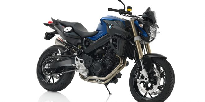 ภาพ BMW R 1200 RT สีน้ำเงิน ด้านข้าง