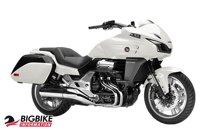ภาพ Honda CTX1300 สีขาว
