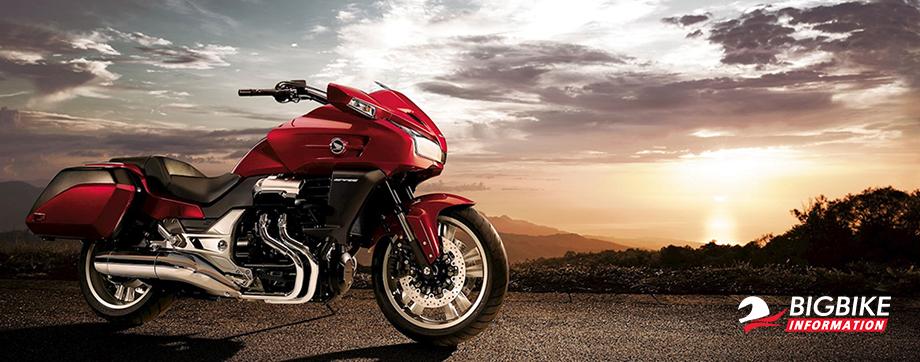 ภาพ Honda CTX1300 สีแดง