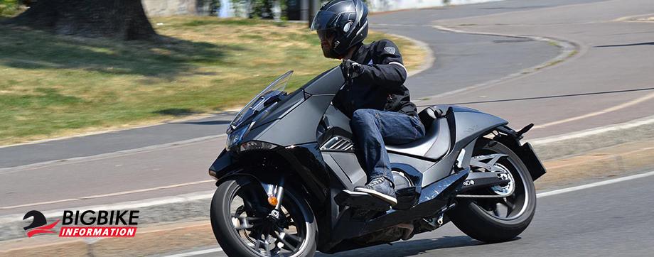 ภาพ Honda NM4 สีดำ
