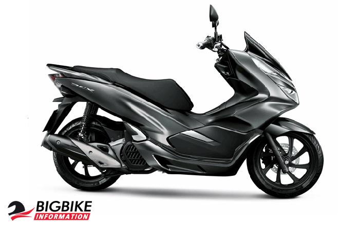 ภาพ Honda PCX 150 สีเงิน ด้านข้าง 2018