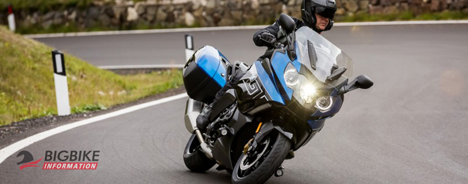 ภาพ BMW K 1600 GT สีเงิน ด้านหน้า