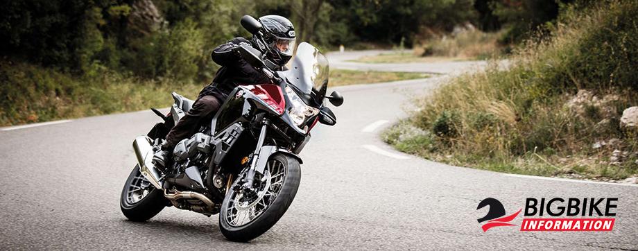 ภาพ Honda VFR1200X สีแดง