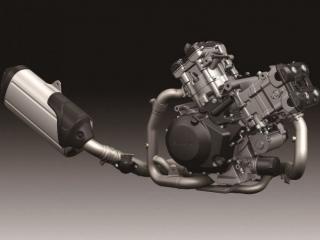 เครื่องยนต์แบบ V-TWIN ระบบวาล์ว DOHC 4 วาล์ว ขนาดเครื่องยนต์ 1,037 ซีซี