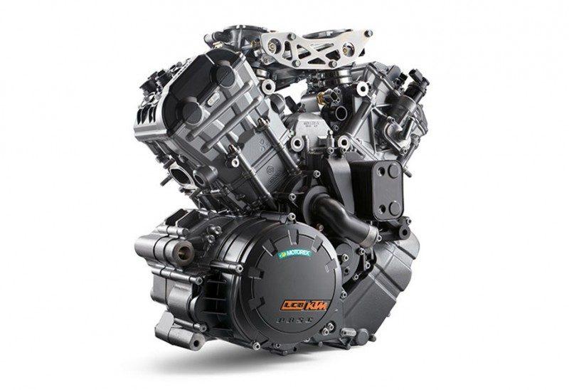 เครื่องยนต์ 2 สูบวี 4 วาล์ว DOHC ขนาดเครื่องยนต์ที่ให้มาขนาด 1,301 ซีซี