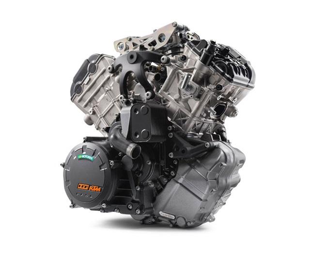 เครื่องยนต์ V-TWIN 2 ลูกสูบ 4 จังหวะ 4 วาล์ว DOHC ขนาดเครื่องยนต์ 1050 ซีซี.