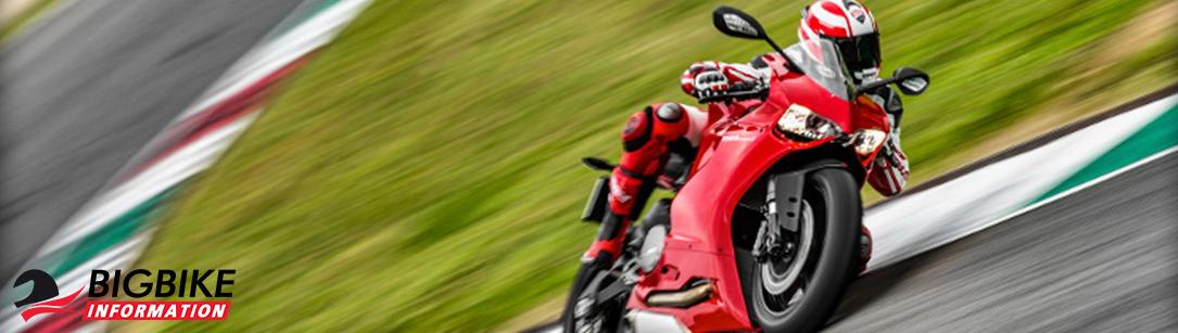ภาพ Ducati 899 Panigale สีแดง