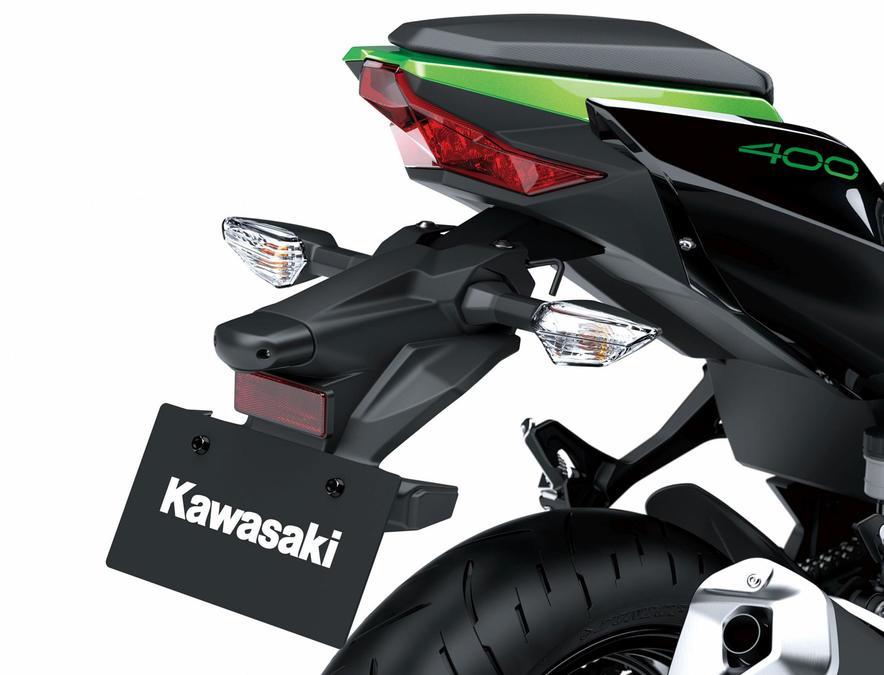 ไฟท้าย LED เหมือนกับ Ninja 400