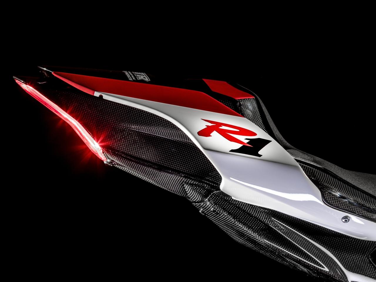 แฟร์ริ่งท้าย Yamaha YZF R1 GYTR 2019