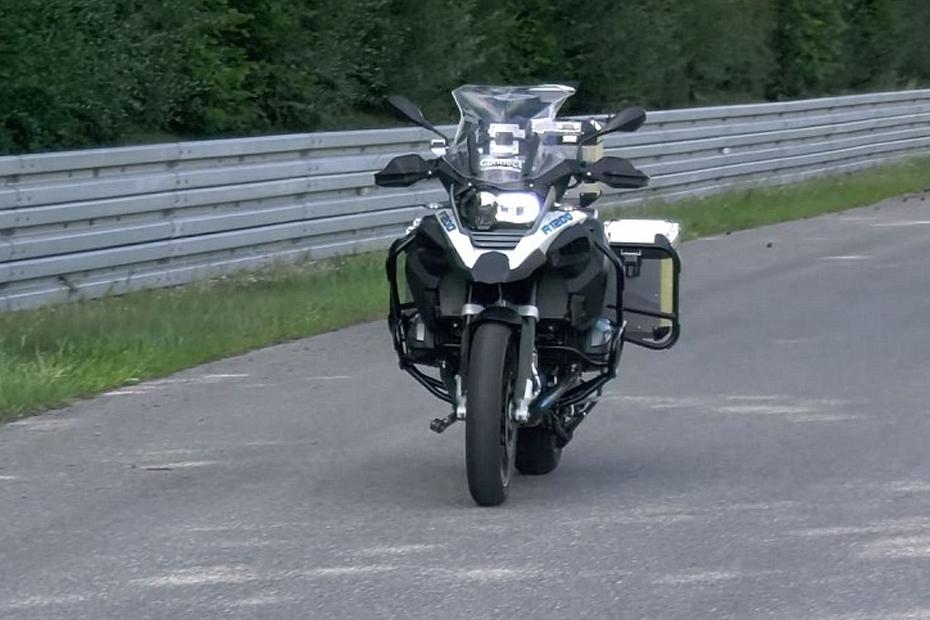 BMW R1200GS ขับเคลื่อนได้เอง