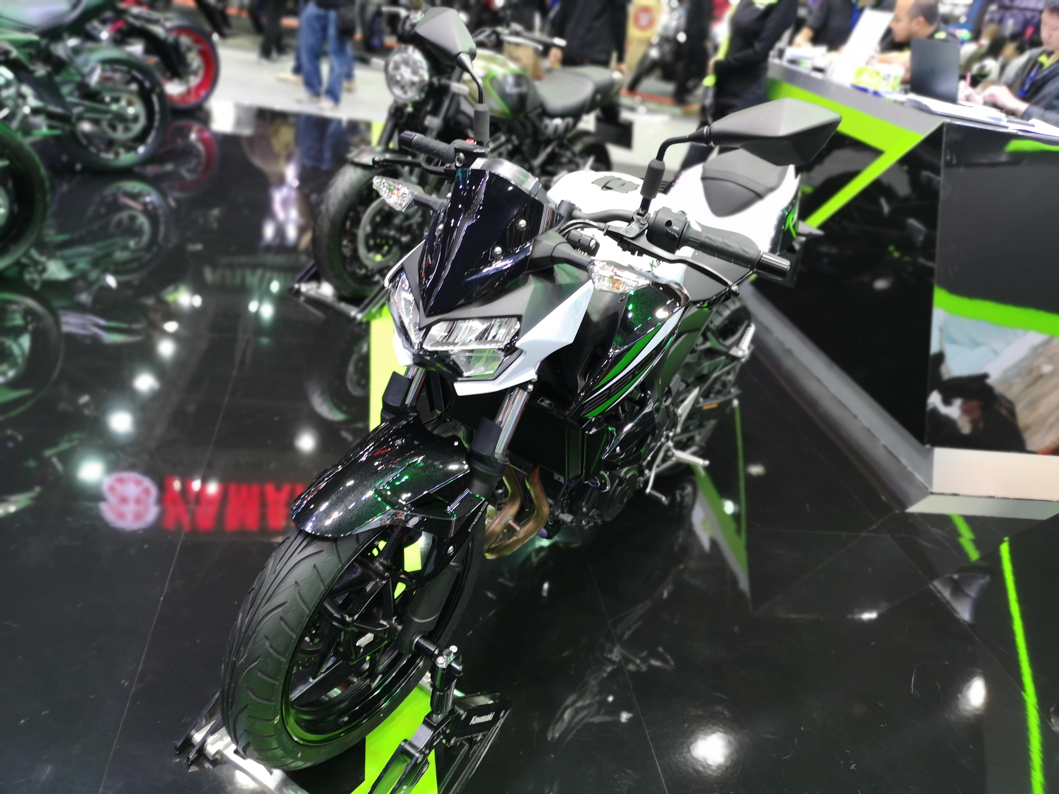Kawasaki Z250 2019 ในงาน Motor Expo 2018