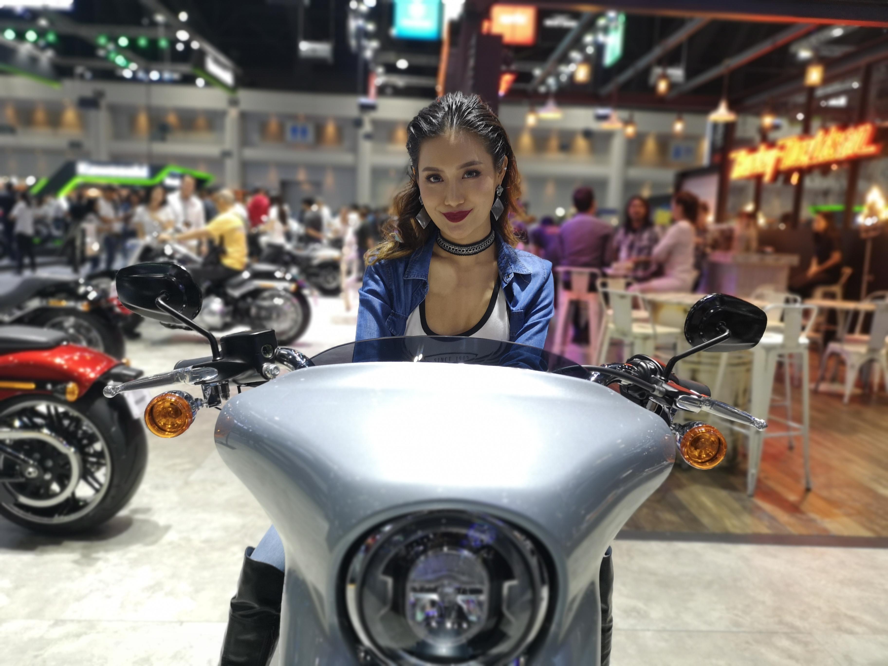สำหรับบูธของ Harley-Davidson