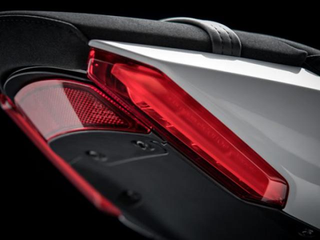 ท้าย Ducati XDiavel