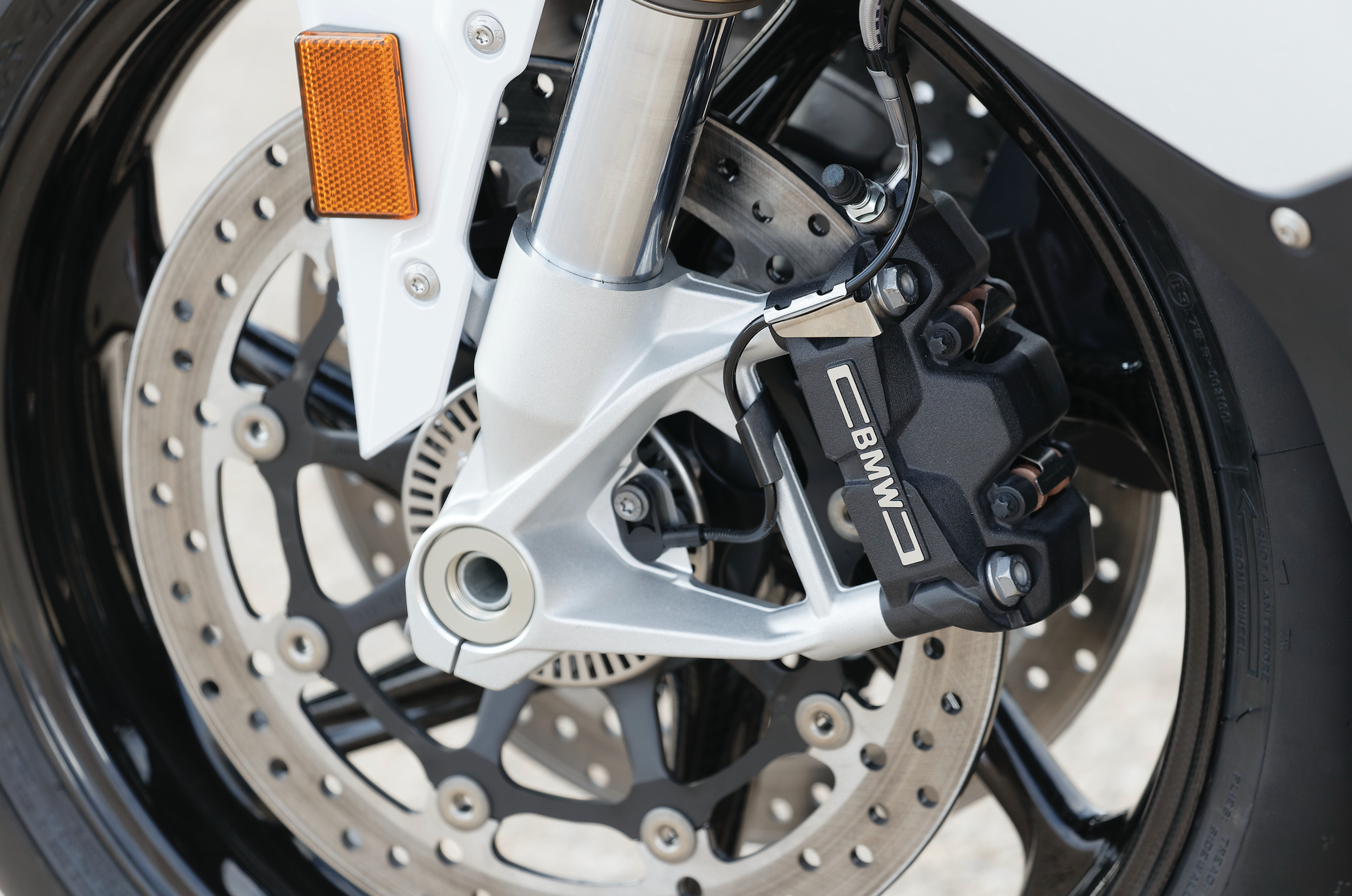 ระบบเบรค BMW S1000RR 2019