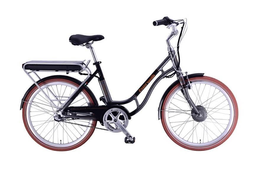 จักรยานที่ได้มีการดัดแปรงมาปรับแต่งใน Benelli สกูตเตอร์