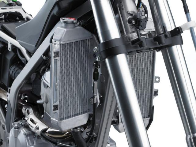 โช๊คหน้าและหม้อน้ำ Kawasaki KLX300R