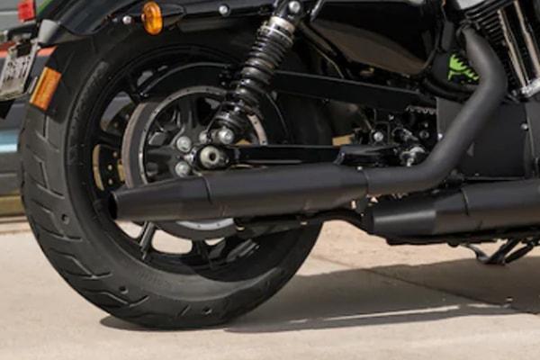 Harley Davidson Sportster Iron 1200 ท่อไอเสีย