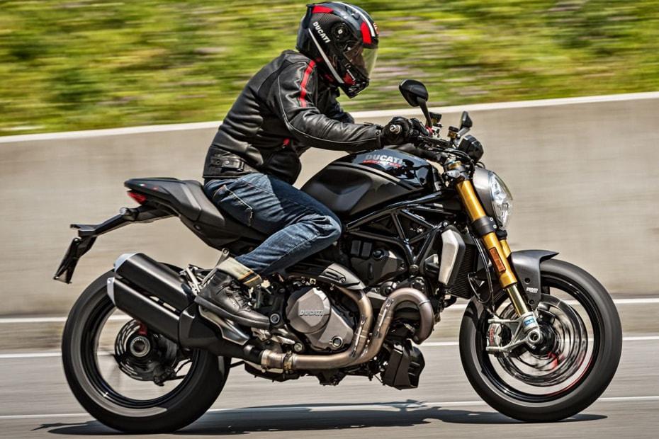 "Ducati Monster 1200S อัพเดทสีใหม่กับคอนเซ็ปต์ ""Black on Black"""