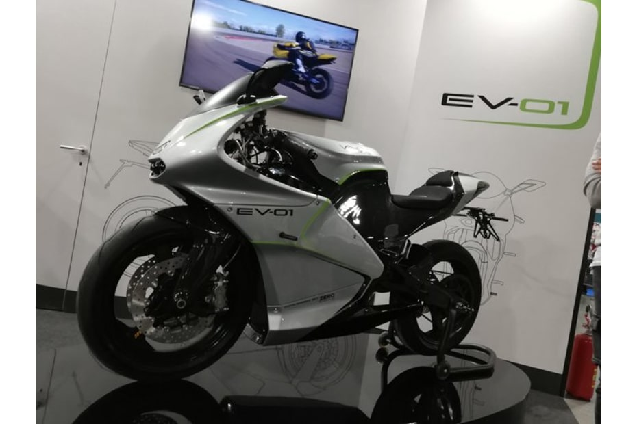 EV-01