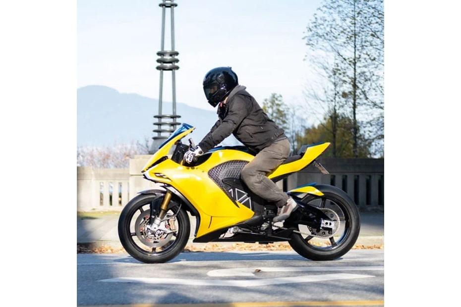 จักรยานยนต์ไฟฟ้าต้นแบบ Damon Hypersport Pro เตรียมเปิดตัวในต้นปี 2020