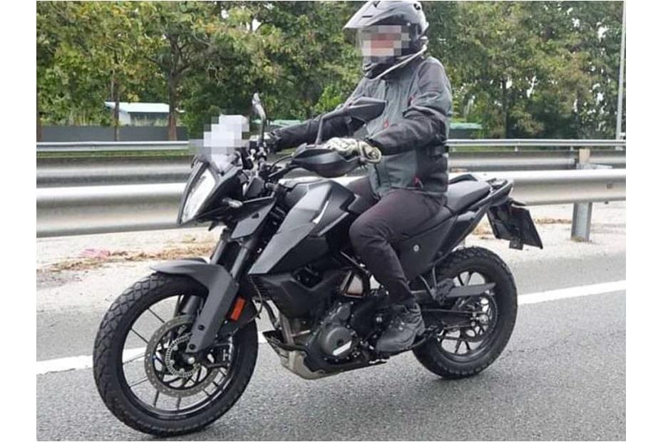 หลุดภาพ KTM 390 Adventure 2021 เผยทดสอบในมาเซีย