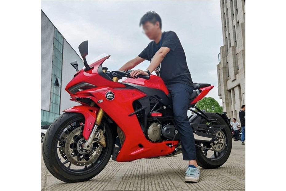 สปอร์ตไบค์ใหม่ Benelli 600RR ถูกเผยภายใต้ชื่อ QJ SRG600