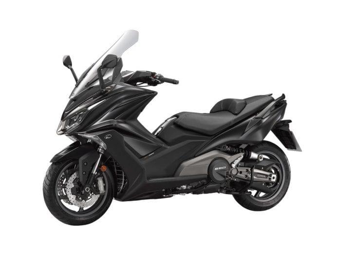 AK 550 2021 สีดำ