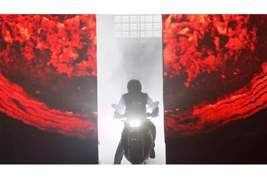 BMW Motorrad เตรียมเปิดตัวสตรีทไบค์ใหม่ 2 รุ่นในวันที่ 19 พฤศจิกายน 2020 นี้
