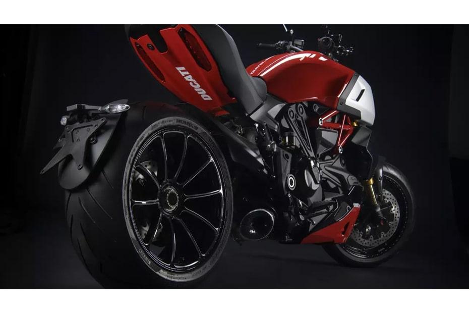 เปิดตัวอุปกรณ์เสริม Ducati Diavel 1260 พร้อมทั้งเพิ่มประสิทธิภาพ