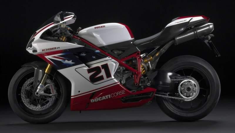 Ducati 1098R รุ่นพิเศษด้านข้าง