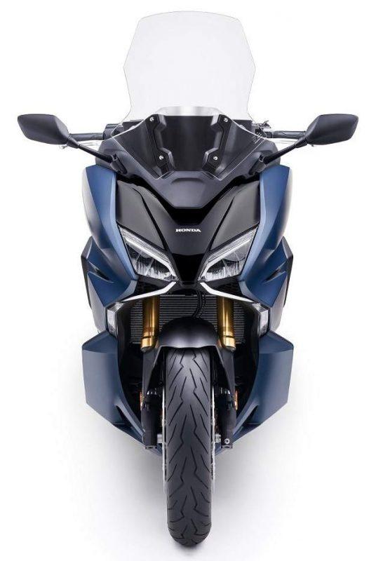 Honda Forza 750 ปี 2021 ด้านหน้า