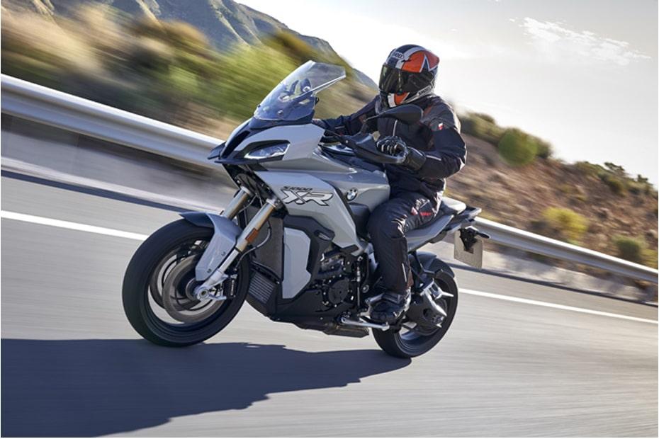 เผยรายละเอียด BMW S1000XR 2020 กับบิ๊กไบค์สไตล์ Adventure
